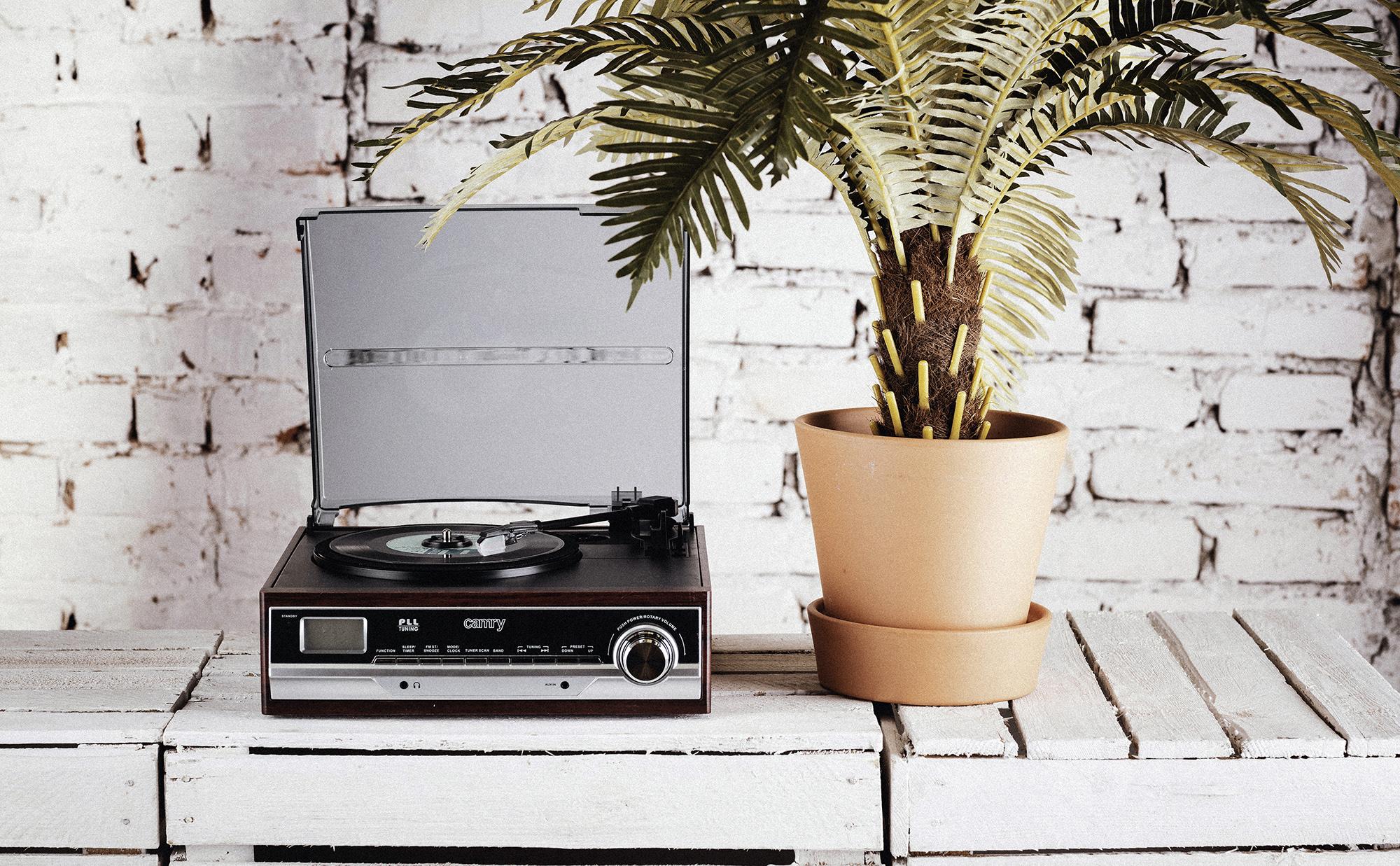 CAMRY CR1113 Tocadiscos Retro 33-45-78 RPM, Radio AM-FM, Estéreo, Despertador, Estilo Vintage, AUX 3,5 mm, Despertador, Pantalla LCD