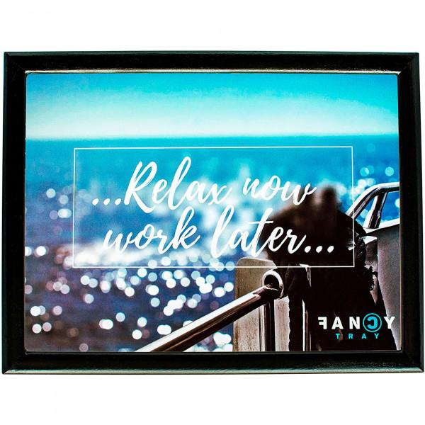 Fancy Tray Home Escritorio Portátil Ordenador, Bandeja Acolchada para Regazo Ergonómica, Comida, Multiusos, Mesa Trabajo Base 43x33x1,5cm, Materiales Calidad, Madera, Diseño RELAX NOW WORK LATER