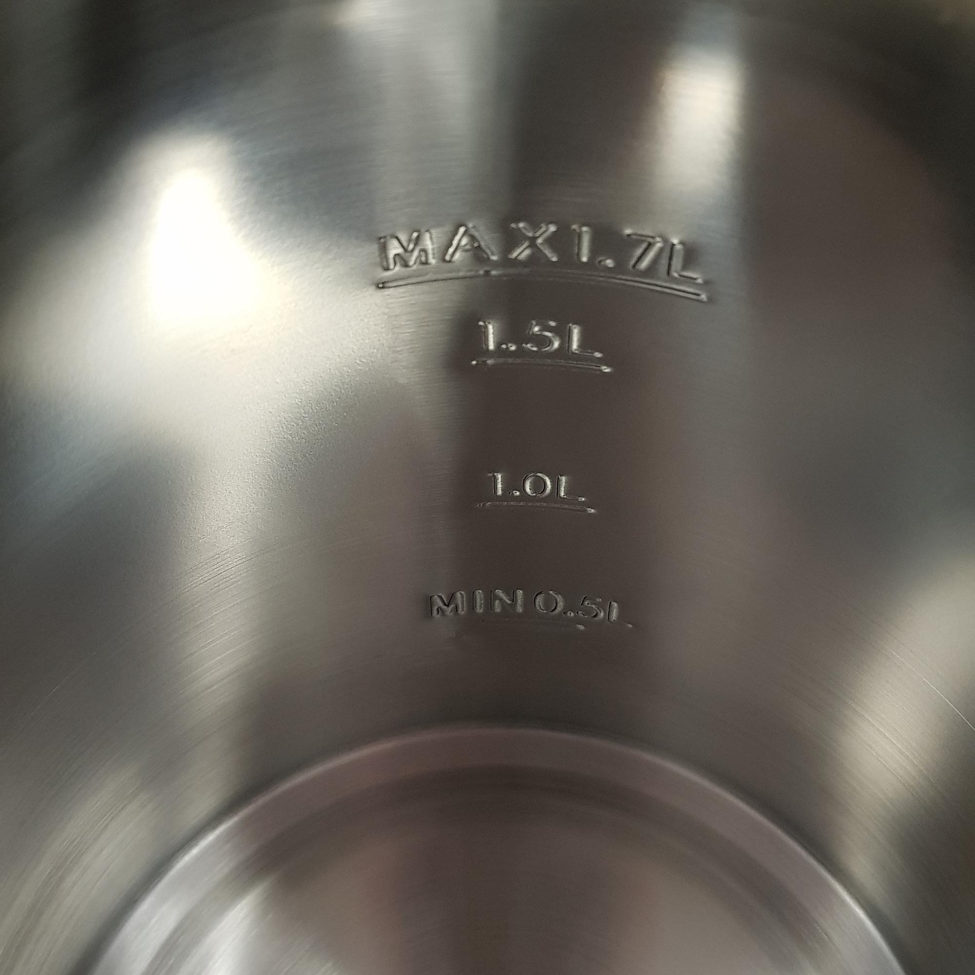 MPM MCZ-91M Hervidor de agua eléctrico 1,7 litros, recipiente acero inoxidable sin BPA, resistencia oculta, 2200 W con apagado automático al alcanzar la ebullición, inalámbrico 360º sin cable, filtro de cal